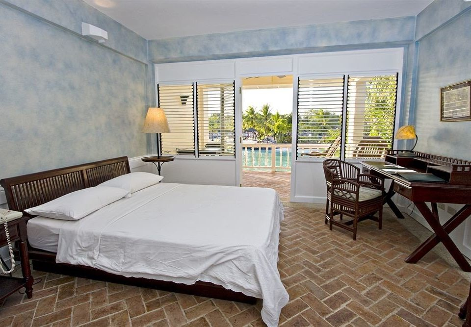 property Villa Suite cottage home Bedroom living room condominium