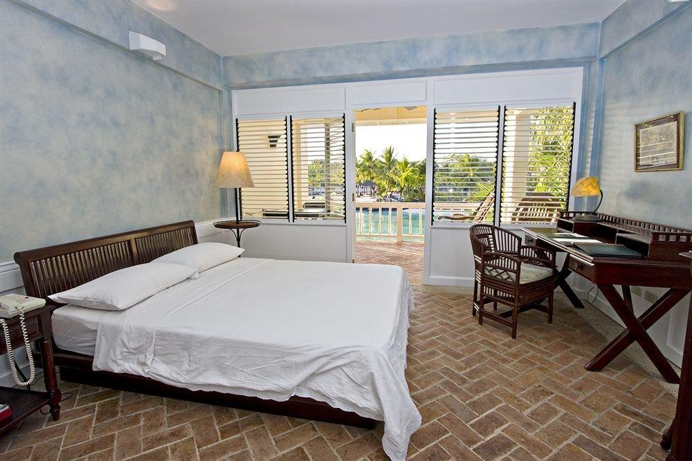 property Villa Suite cottage home Bedroom living room condominium