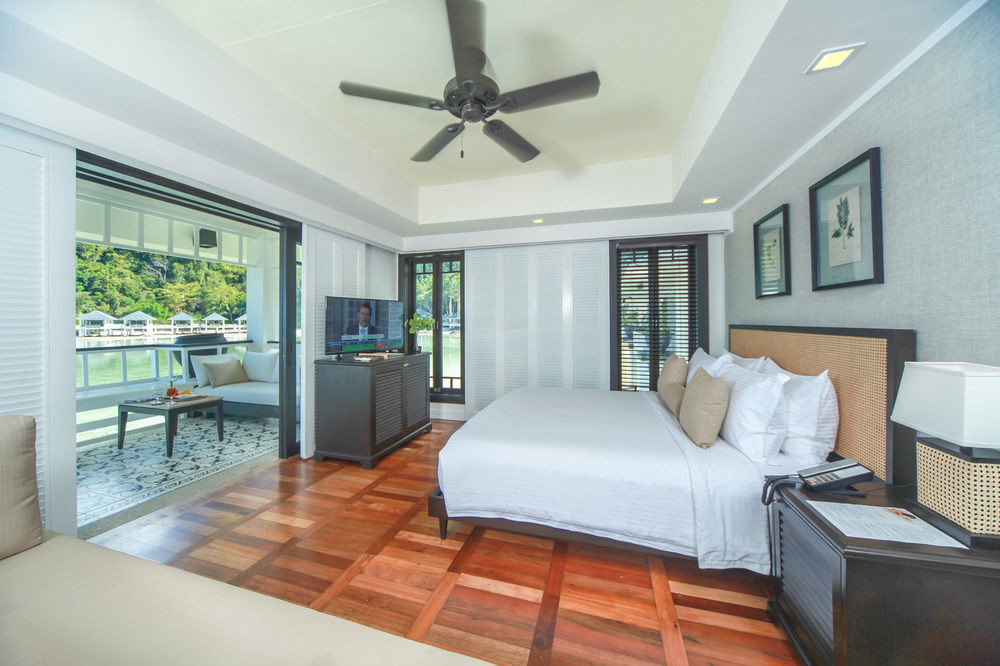 property condominium living room home Bedroom Villa cottage Suite