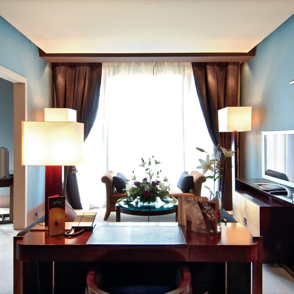 property Suite living room home condominium Villa Bedroom lamp