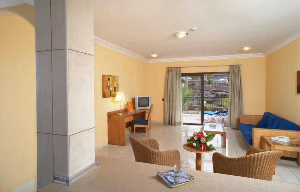 property living room home hardwood condominium Villa Suite cottage Bedroom