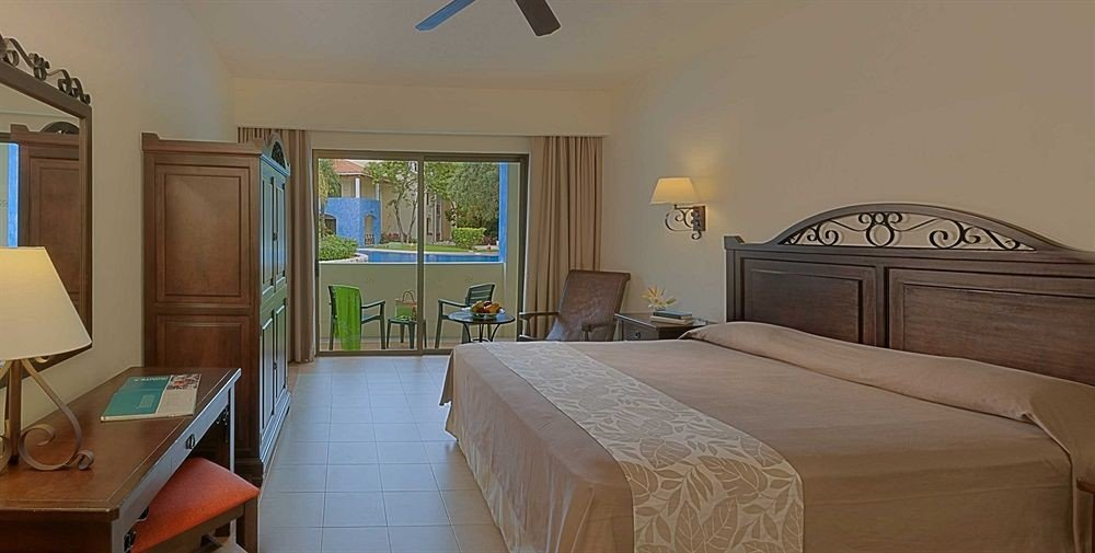 Bedroom property cottage home hardwood Suite Villa containing