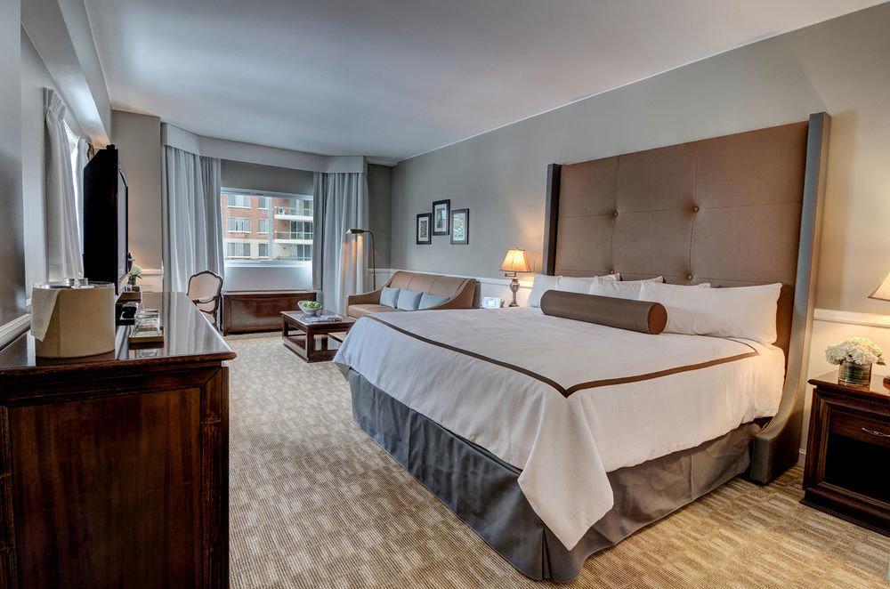 Bedroom property Suite hardwood home cottage Villa mansion