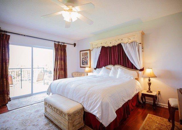 Bedroom property cottage Suite Villa night