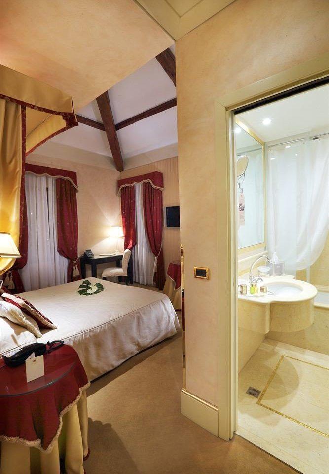 property house Suite home cottage Bedroom Villa