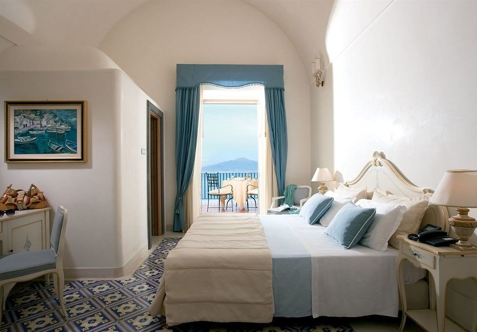 property Bedroom living room home cottage Suite Villa