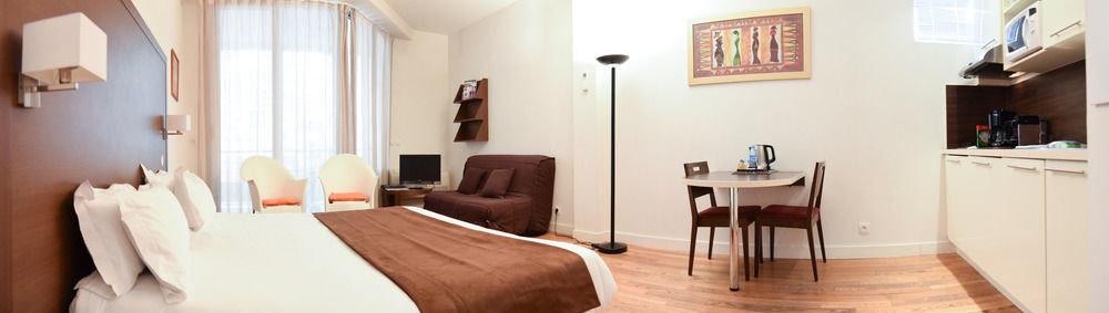 property cottage home Suite Villa Bedroom