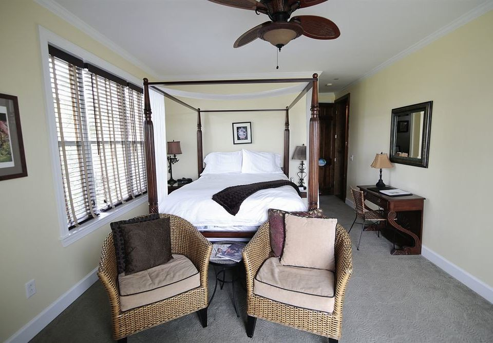 property Bedroom cottage home living room Suite Villa