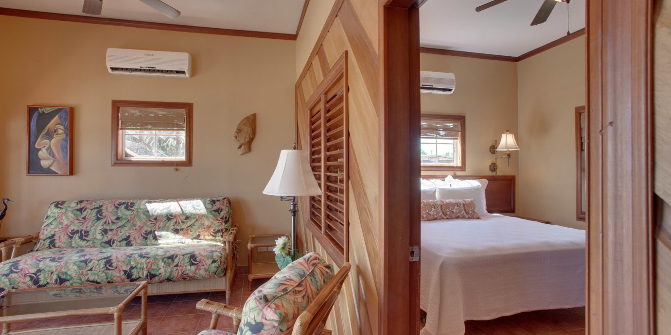 property Bedroom cottage home Suite farmhouse Villa