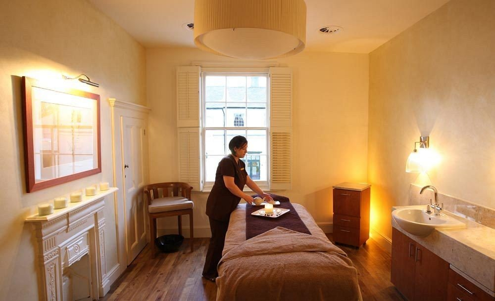 property home cottage Suite Bedroom Villa