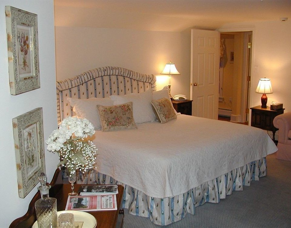 property Bedroom scene cottage Suite Villa