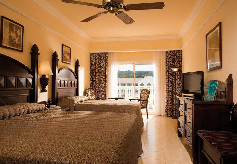 property living room Bedroom home Suite hardwood cottage mansion farmhouse Villa