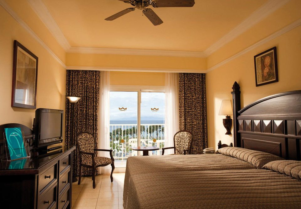 property living room Bedroom home Suite mansion cottage farmhouse Villa