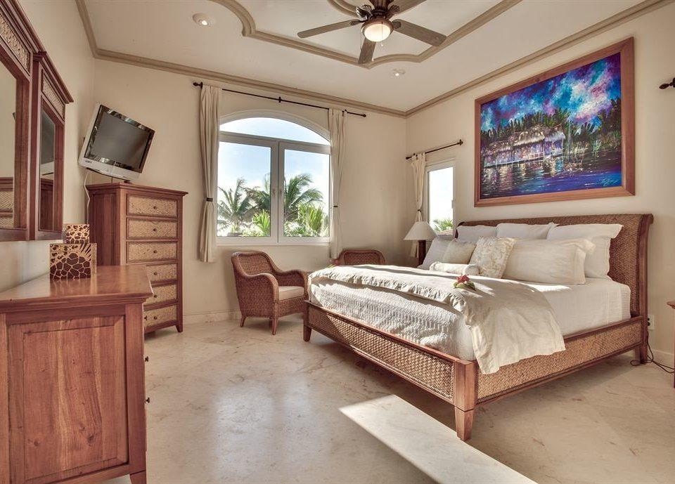 property Bedroom home living room hardwood cottage mansion Villa Suite farmhouse