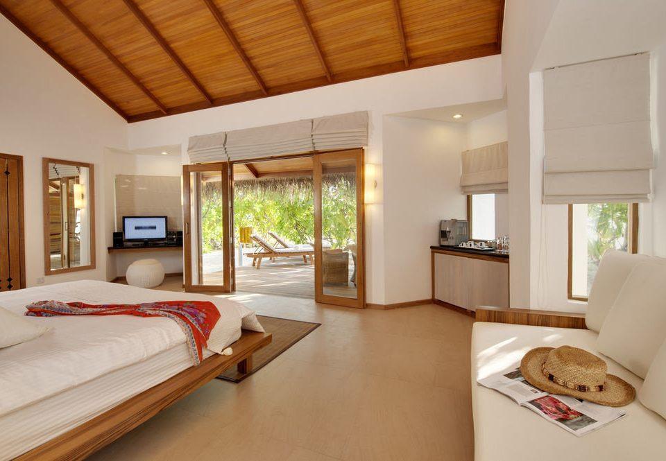 property Bedroom living room home hardwood cottage Villa Suite