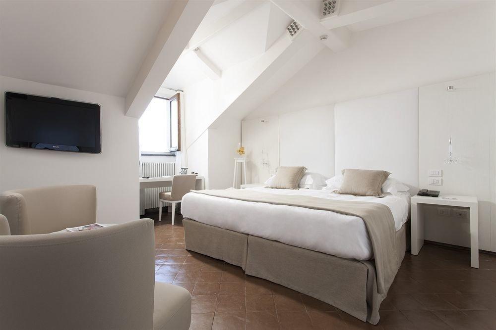 property Suite Bedroom living room cottage Villa