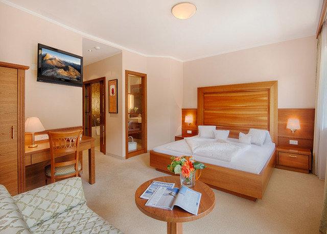 property Suite cottage Bedroom home Villa