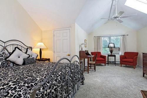 Bedroom property cottage Villa Suite living room farmhouse