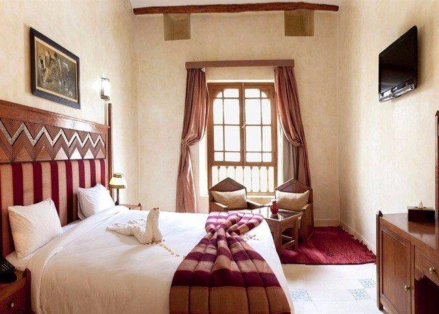 property red Bedroom cottage Suite home Villa farmhouse