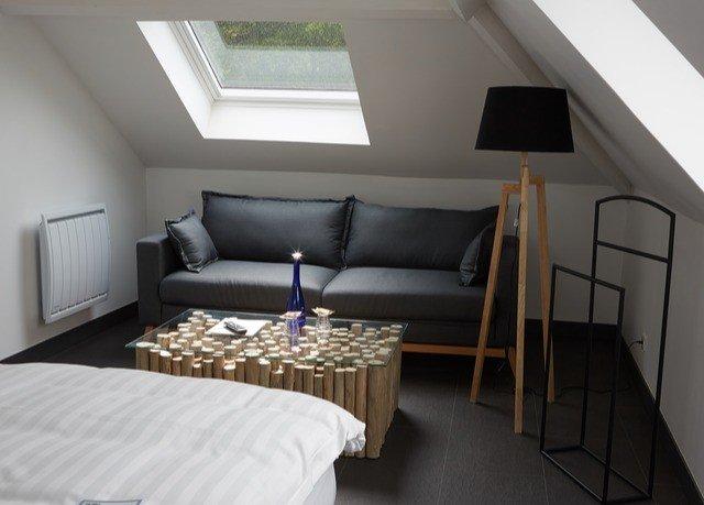 property cottage Bedroom Suite Villa loft living room