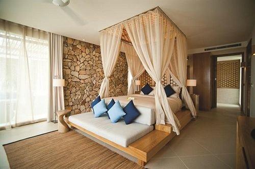 property Bedroom cottage Suite Villa living room