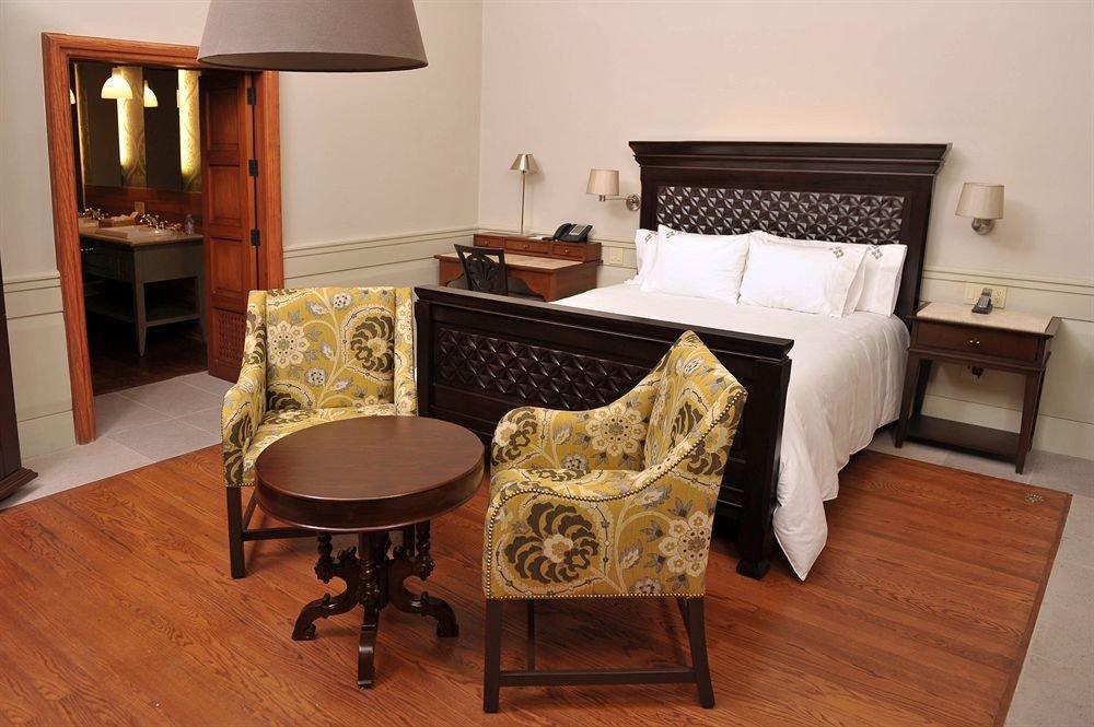 Bedroom property Suite cottage home hardwood Villa hard