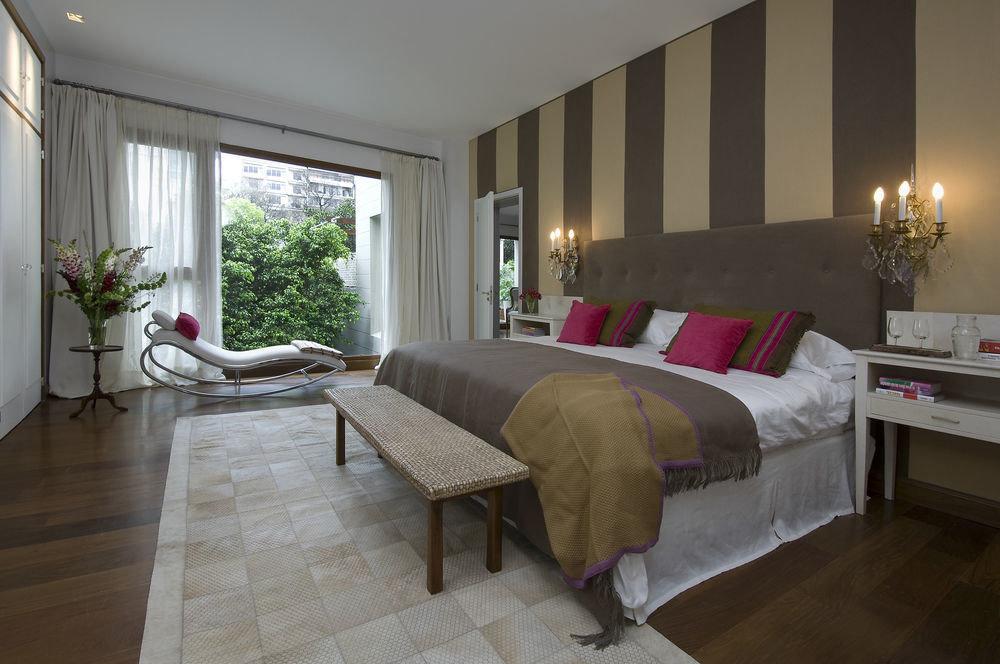 property Bedroom living room home hardwood cottage Suite Villa hard