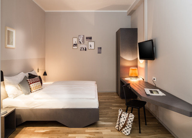 property Suite Bedroom cottage loft Villa