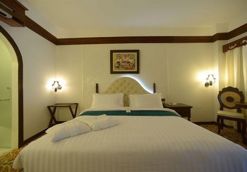 Bedroom scene property Suite cottage pillow Villa