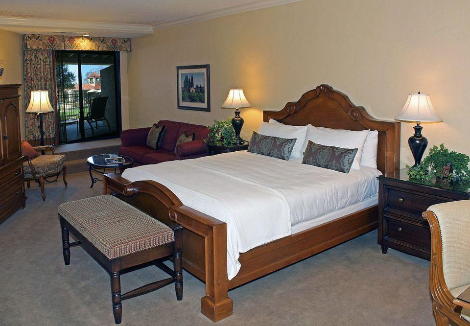 property Bedroom Suite cottage hardwood Villa living room home