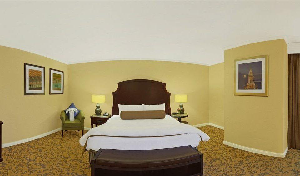 property Suite Bedroom Villa cottage tan