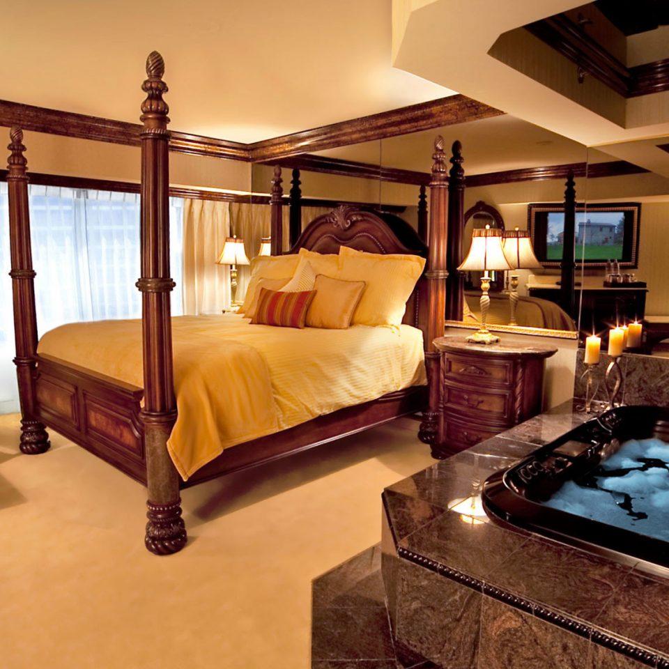 property Bedroom Suite hardwood cottage home Villa living room