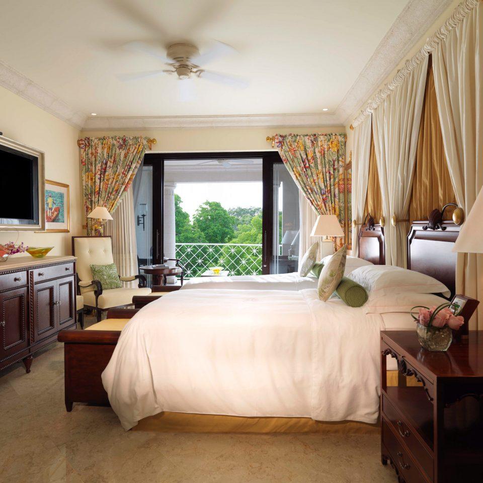 property Bedroom home living room Suite cottage Villa mansion farmhouse