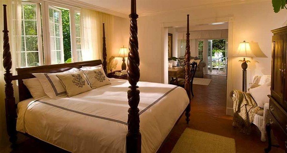 Bedroom property home Suite cottage mansion living room Villa