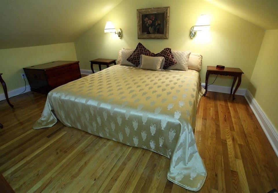 property Bedroom cottage hardwood Suite Villa hard
