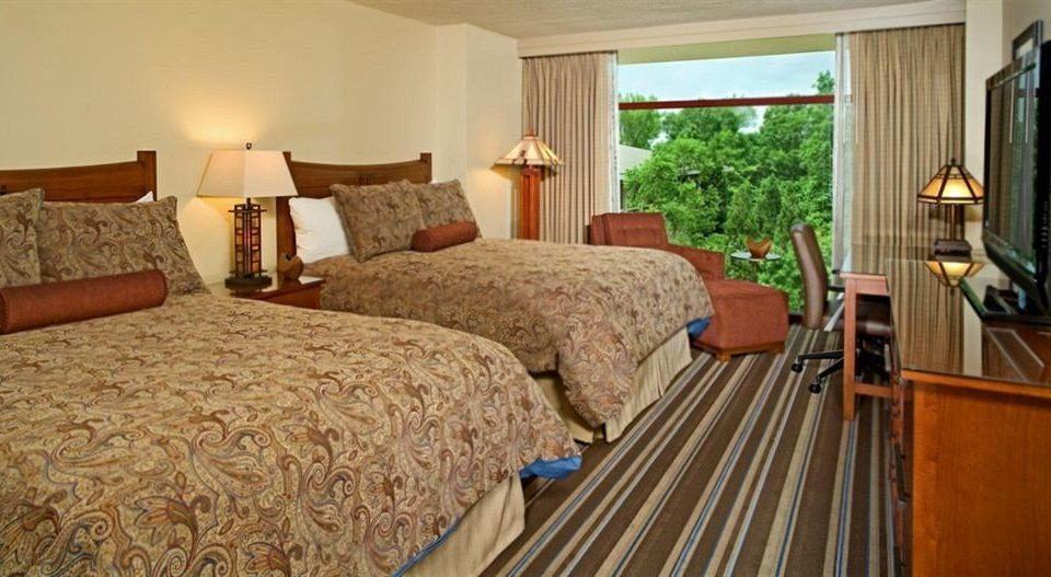 sofa property cottage Bedroom Suite hardwood farmhouse Villa