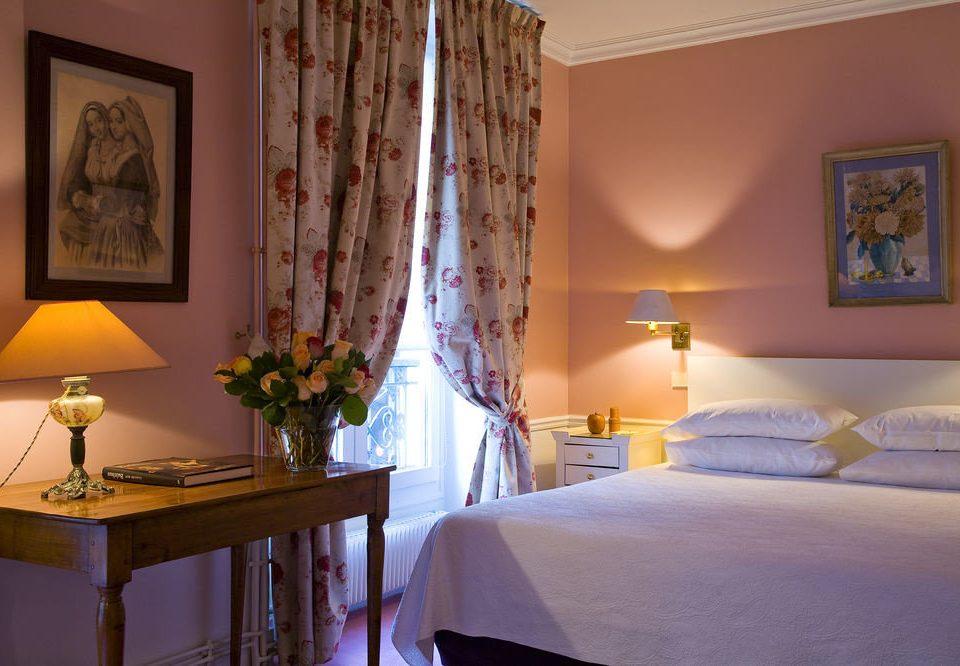 property Suite home cottage Bedroom living room Villa lamp