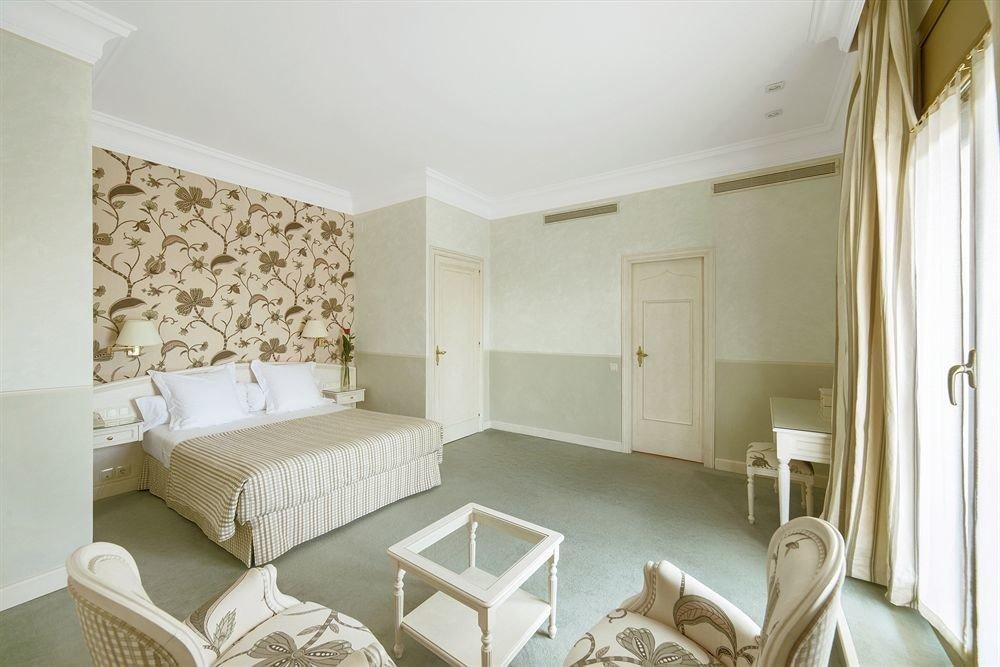 property Bedroom Suite cottage home living room Villa farmhouse
