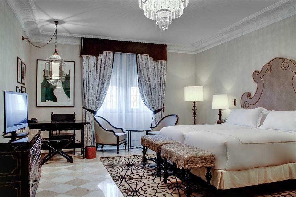 property Bedroom Suite cottage living room Villa