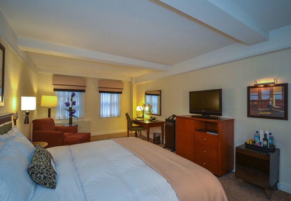 property Bedroom home Villa Suite cottage living room flat
