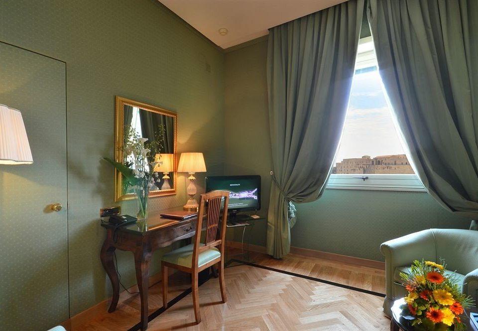 property Suite home cottage living room Villa Bedroom