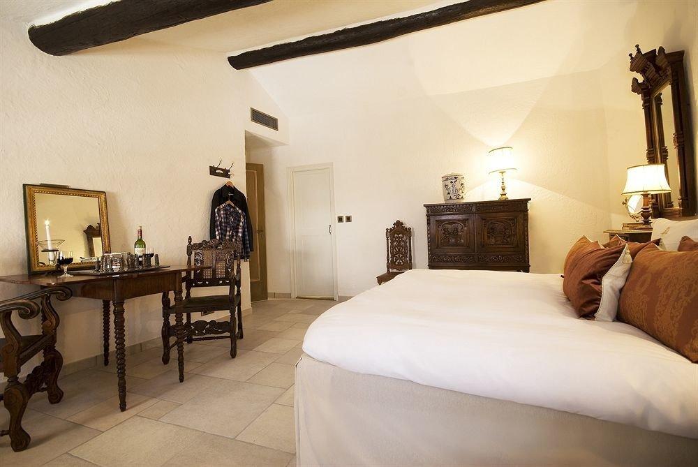 property Bedroom cottage Suite Villa home farmhouse