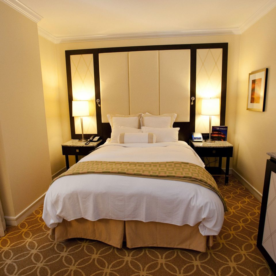 Bedroom property Suite cottage Villa tan