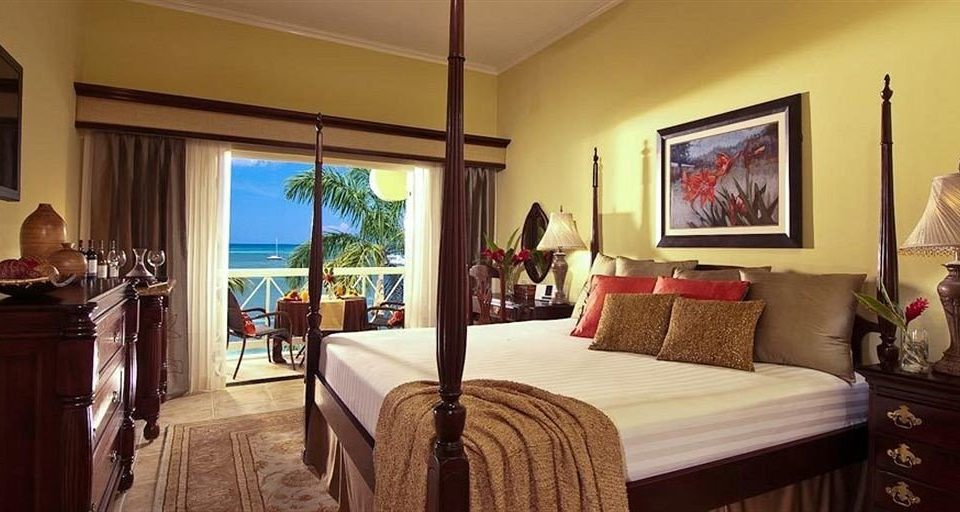 property Bedroom Suite home living room hardwood cottage Villa mansion