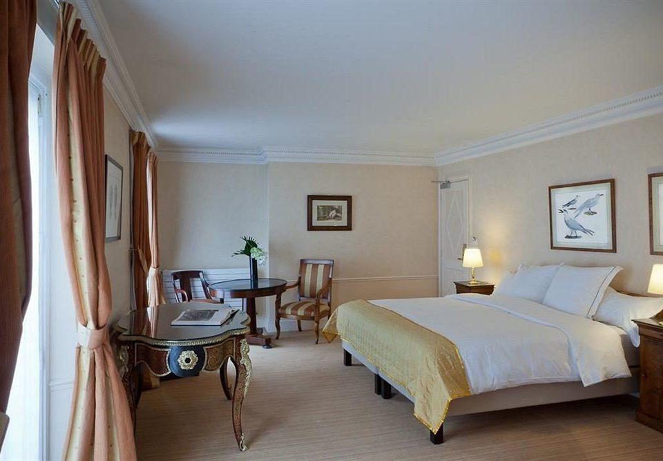 property Bedroom cottage Suite Villa home farmhouse tan