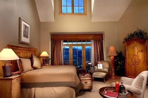 property living room Suite home cottage Villa Bedroom