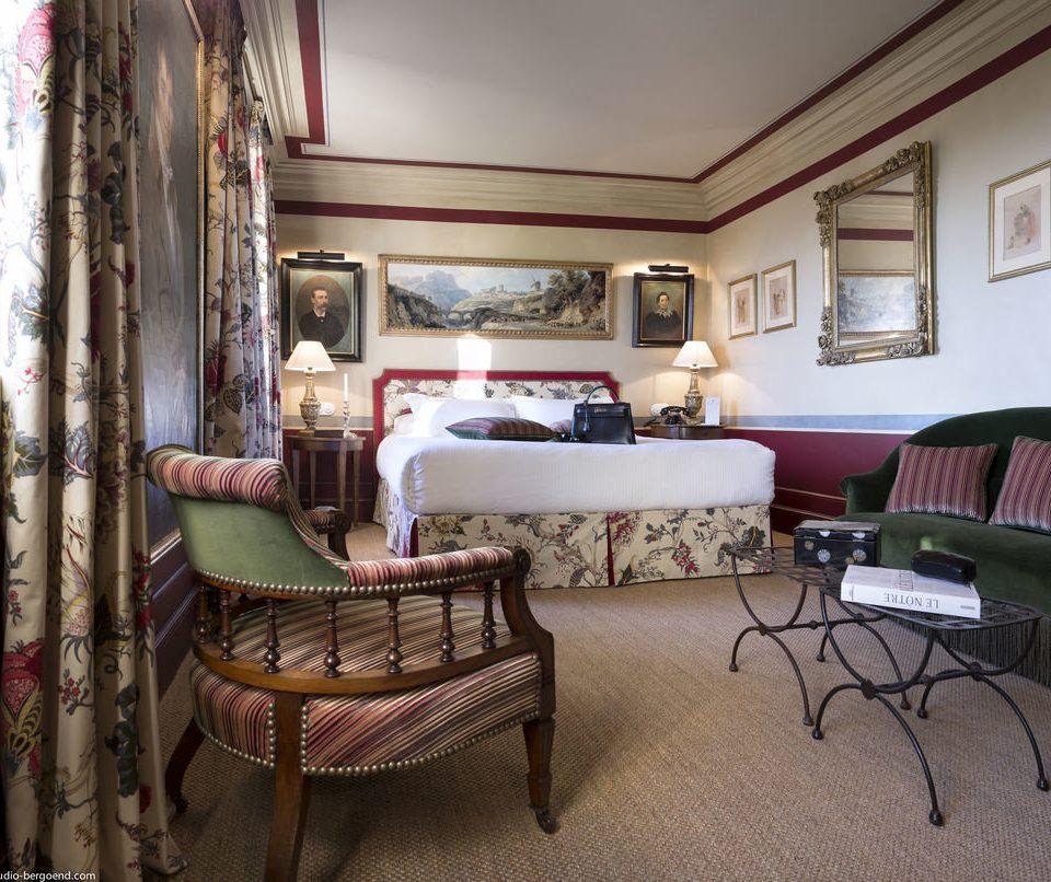 property living room Bedroom home cottage Suite Villa mansion lamp