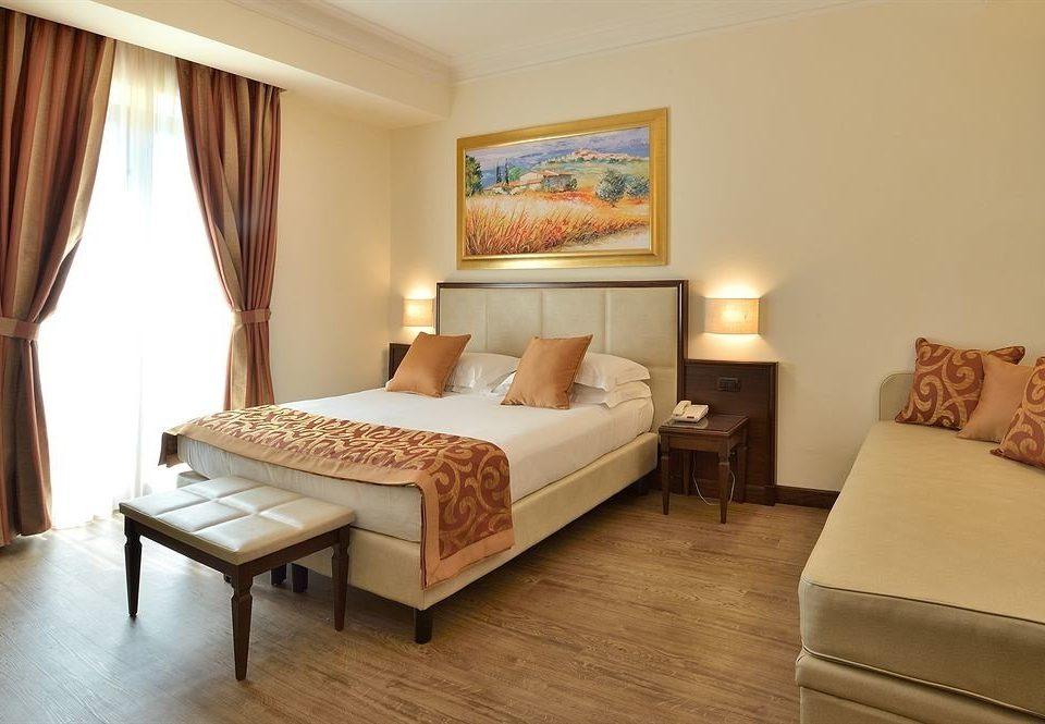 sofa property Bedroom Suite cottage hardwood Villa