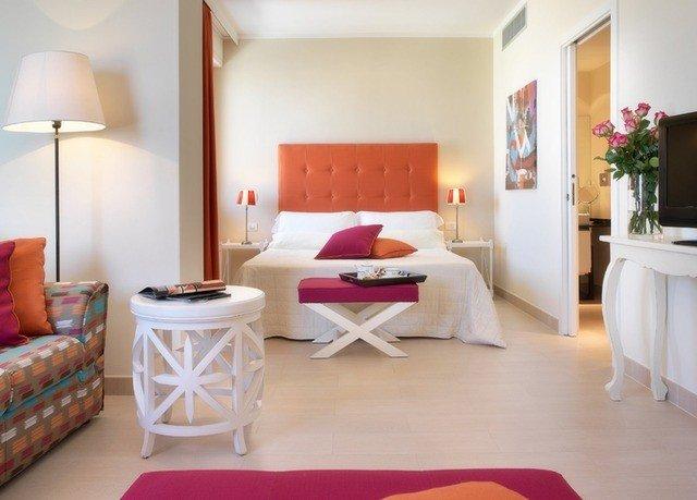 property Suite living room cottage Bedroom home Villa