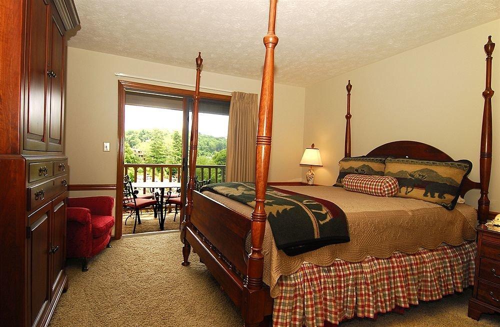 Bedroom property cottage home Suite Villa lamp